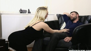 Blonde stunner Victoria Summers fucked bad in a doggy style