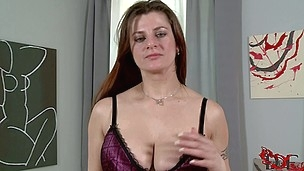 Czech brunette Angie with tattoo on her back disrobes on camera. This casting lady feels free showing their body parts on camera. She poses in bra before showing her juicy tits.